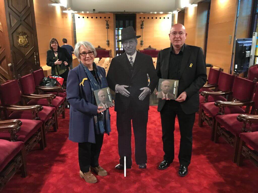 Margarida Colomer i Joan Manuel Tresserras, a la presentació de la biografia