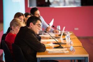 Debat sobre l'impacte de la precarietat